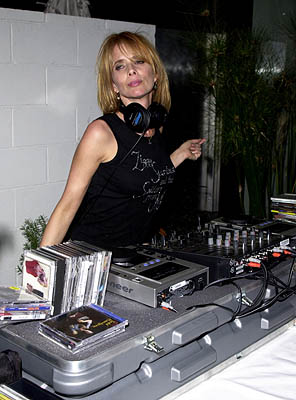 "Rosanna Arquette WWD's ""Black, White and Diamonds"" Pre-Oscar Party Beverly Hills, CA 3/21/2001"