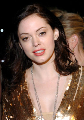 Premiere: Rose McGowan at the Beverly Hills premiere of Fox Searchlight's Sideways - 10/12/2004