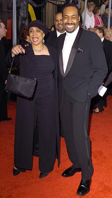 S. Epatha Merkerson and Jesse L. Martin Screen Actors Guild Awards 2/22/2004