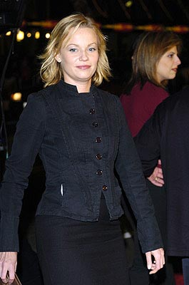 Premiere: Samantha Mathis at the LA premiere of Universal's Along Came Polly - 1/12/2004