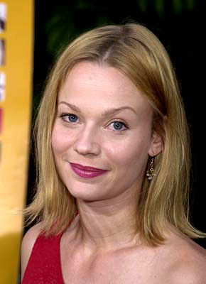 Premiere: Samantha Mathis at the Hollywood premiere of Fine Line's The Anniversary Party - 6/6/2001