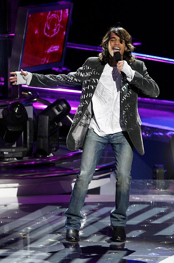Sanjaya Malakar performs as one of the top 11 contestants on the 6th season of American Idol.