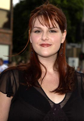Premiere: Sara Rue at the LA premiere of New Line's Simone - 8/13/2002
