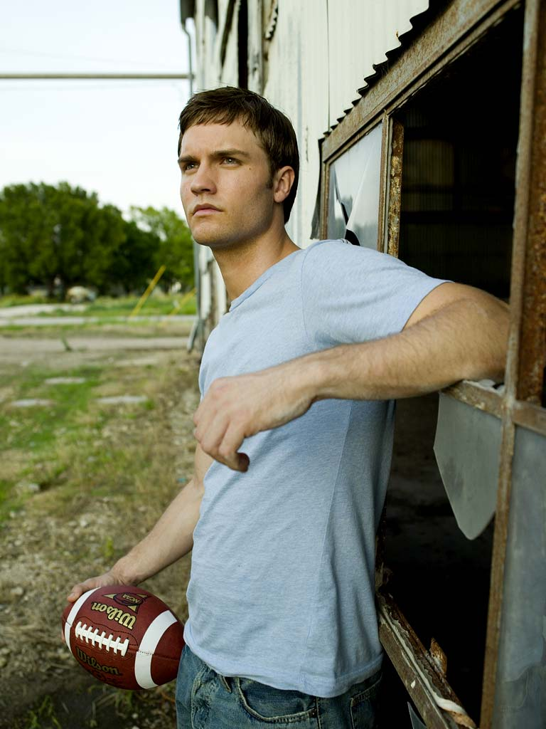 Scott Porter stars as Jason Street on Friday Night Lights.