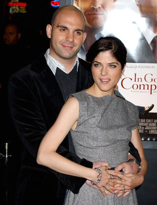 Premiere: Ahmet Zappa and Selma Blair at the Hollywood premiere of Universal Pictures' In Good Company - 12/6/2004