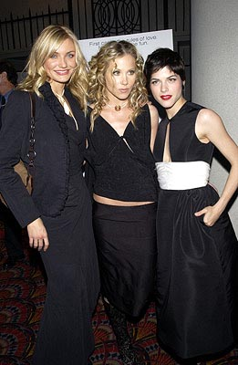 Premiere: Cameron Diaz, Christina Applegate and Selma Blair at the New York premiere of Columbia's The Sweetest Thing - 4/8/2002
