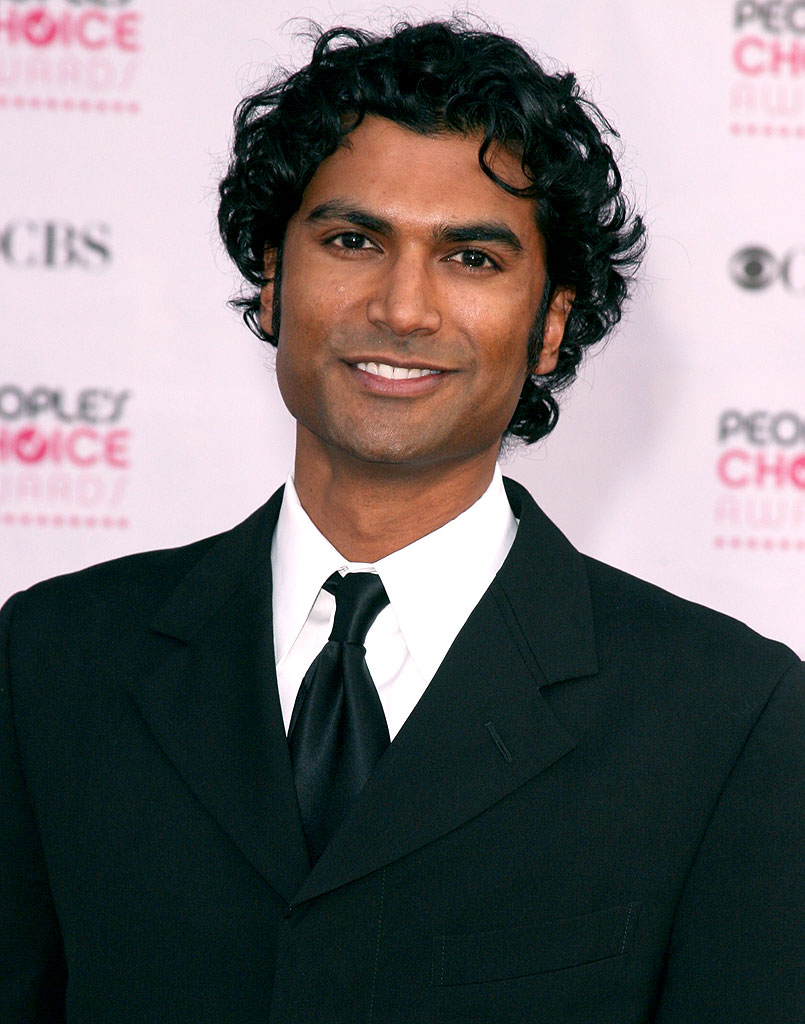 Sendhil Ramamurthy at The 33rd Annual People's Choice Awards.