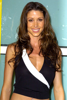 Premiere: Shannon Elizabeth at the L.A. premiere of Fox Searchlight's Johnson Family Vacation - 3/31/2004