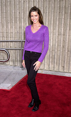 Premiere: Shannon Elizabeth at the Westwood premiere of Dimension's Scary Movie 2 - 7/2/2001