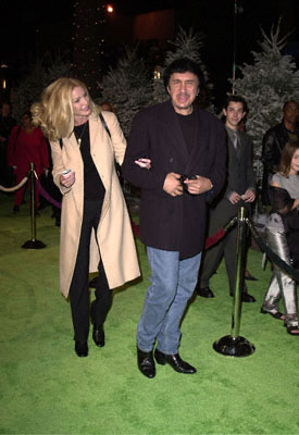 Premiere: Shannon Tweed and Gene Simmons at the Universal Amphitheatre premiere of Universal's Dr. Seuss' How The Grinch Stole Christmas - 11/8/2000