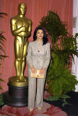 Shohreh Aghdashloo Best Supporting Actress Nominee House of Sand and Fog 76th Academy Awards Luncheon 2/4/2004