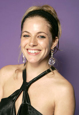 Sienna Miller Hollywood Life's 4th Annual Breakthrough of the Year Awards - 12/12/2004 Sienna Miller