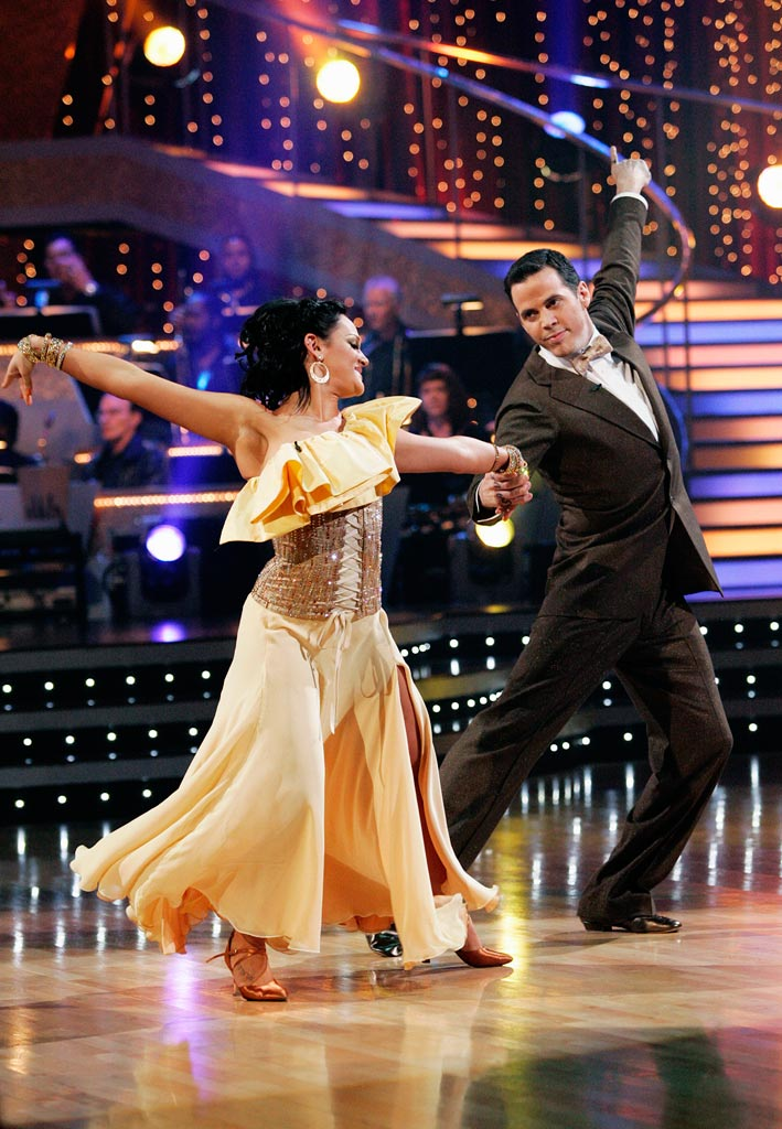 "Steve-O and Lacey Schwimmer perform the Foxtrot to ""I'm Yours"" by Jason Mraz on ""Dancing with the Stars."""