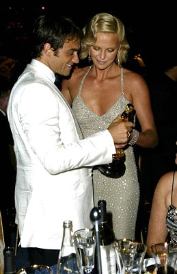 Stuart Townsend and Charlize Theron Governor's Ball 76th Academy Awards - 2/29/2004