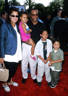 Premiere: Sugar Ray Leonard and his entourage at the Universal City premiere of Universal's Nutty Professor II: The Klumps - 7/24/2000