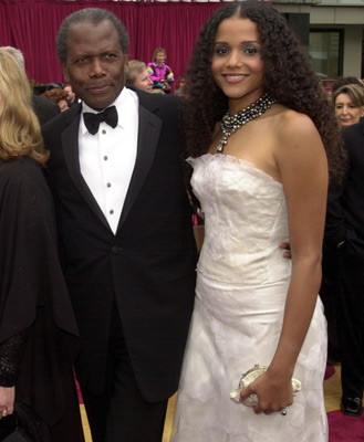 Sidney Poitier and daughter Sydney Poitier 74th Academy Awards Hollywood, CA 3/24/2002