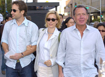 Premiere: David Duchovny, Tea Leoni and Garry Shandling at the Beverly Hills special screening of Lions Gate Films' Fahrenheit 9/11 - 6/8/2004 Téa Leoni