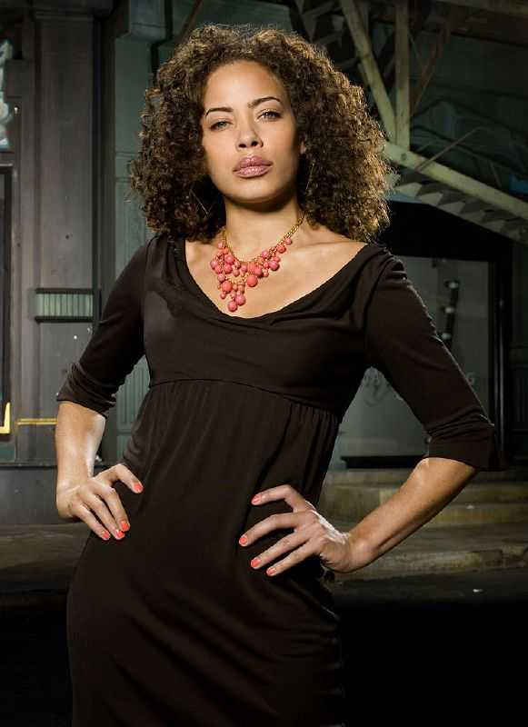 Tawny Cypress stars as Simone Devereaux in Heroes