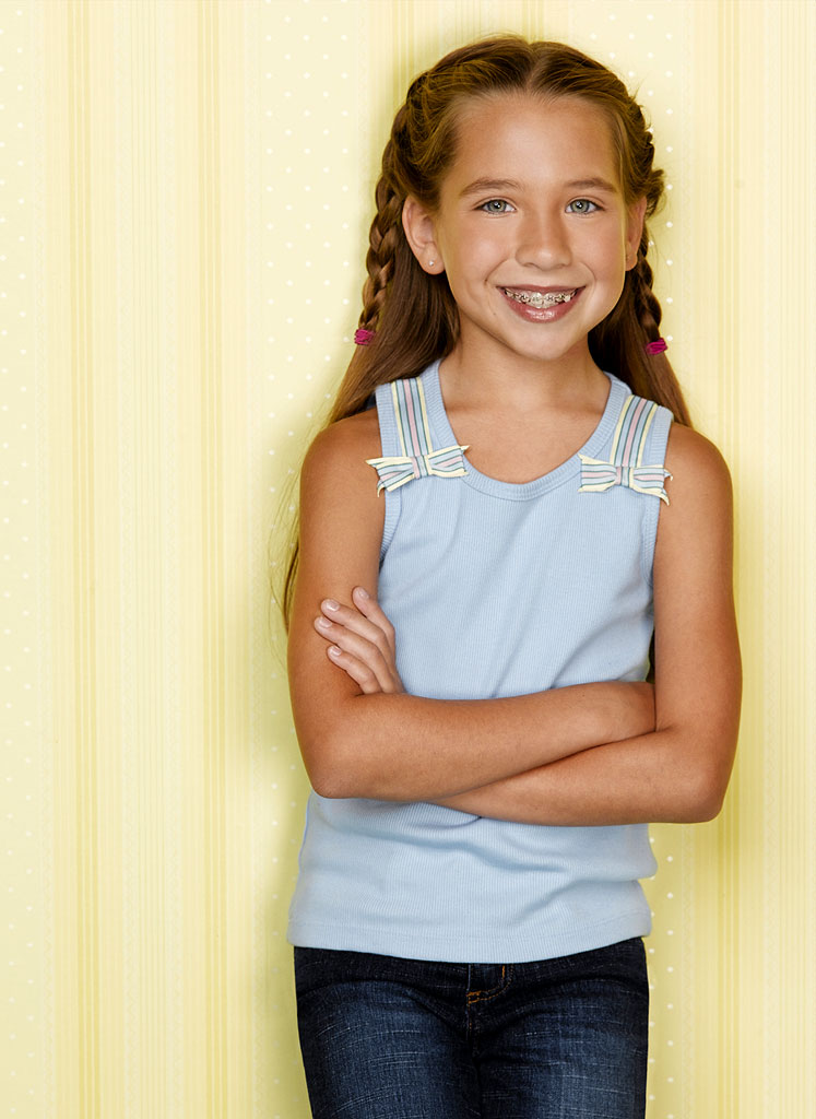 Taylor Atelian stars as Ruby in According to Jim on ABC.