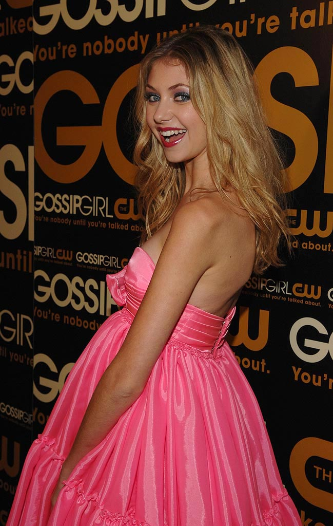 "Taylor Momsen arrives at ""Gossip Girl"" premiere party at TenJune."