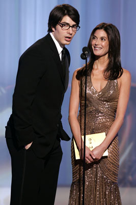 Presenters Brandon Routh and Teri Hatcher 63rd Annual Golden Globe Awards Beverly Hills, CA - 1/16/05