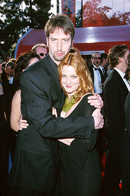 Tom Green and Drew Barrymore 72nd Annual Academy Awards Los Angeles, CA 3/26/2000