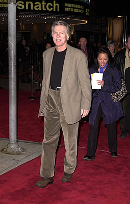 Premiere: Tom Skerritt passes up Snatch at the Mann Village Theater premiere of MGM's Hannibal - 2/1/2001