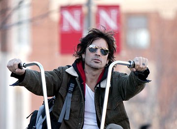 Tommy Lee NBC's Tommy Lee Goes to College