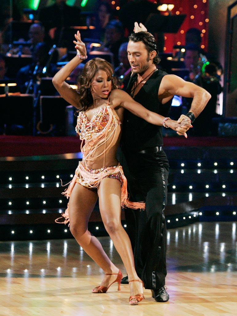 Toni Braxton and Alec Mazo perform a dance on the seventh season of Dancing with the Stars.