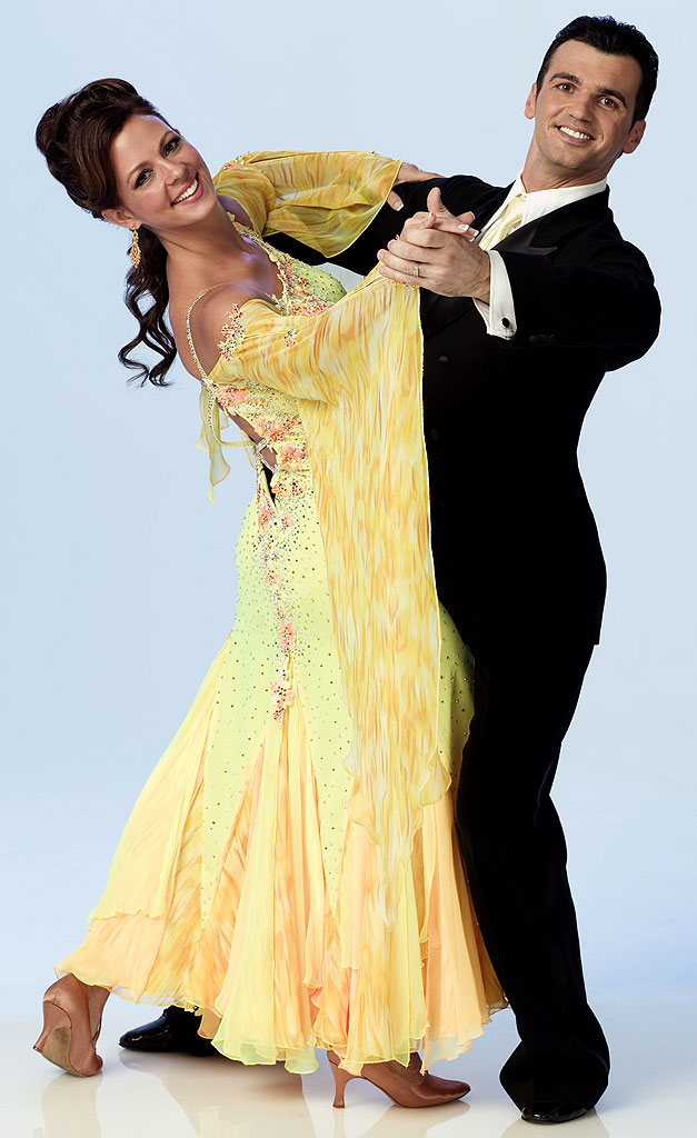 Country singer Sara Evans teams up with professional dancer Tony Dovolani for Season 3 of Dancing with the Stars