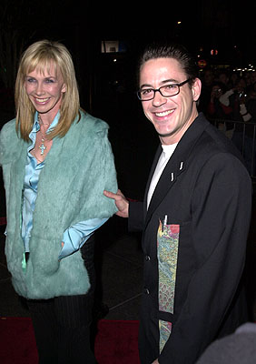 Premiere: Trudie Styler with Robert Downey Jr. at the Los Angeles premiere of Guy Ritchie's Snatch (1/18/2001)