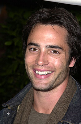 Premiere: Victor Webster at the Hollywood premiere of Josie and the Pussycats - 4/9/2001