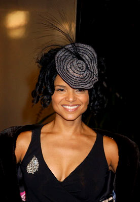 Premiere: Victoria Rowell at the Hollywood premiere of Universal Pictures' Ray - 10/19/2004