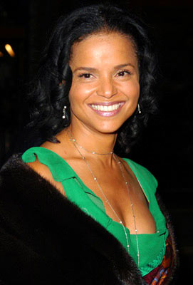 Premiere: Victoria Rowell at the Hollywood premiere of Warner Bros. Alexander - 11/16/2004