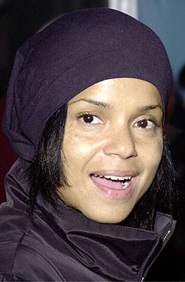 Premiere: Victoria Rowell at the Hollywood premiere of Walt Disney's The Emperor's New Groove - 12/10/2000