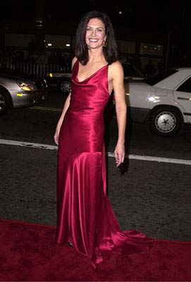 Premiere: Wendy Crewson at the Mann's National Theater premiere of Columbia's The 6th Day - 11/13/2000