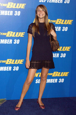 Premiere: Willa Holland at the Westwood premiere of MGM/Columbia Pictures' Into the Blue - 9/21/2005 Willa Holland