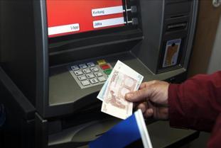 Las tres bancos que te permiten sacar dinero de cualquier for Cuanto dinero se puede sacar del cajero