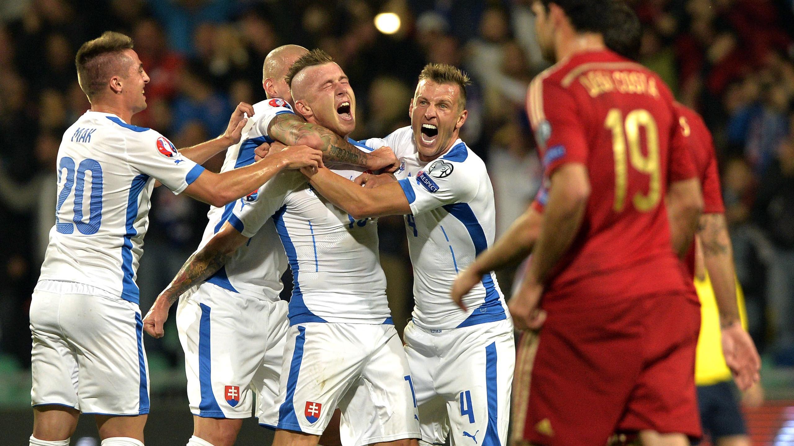 Video: Slovakia vs Tây Ban Nha