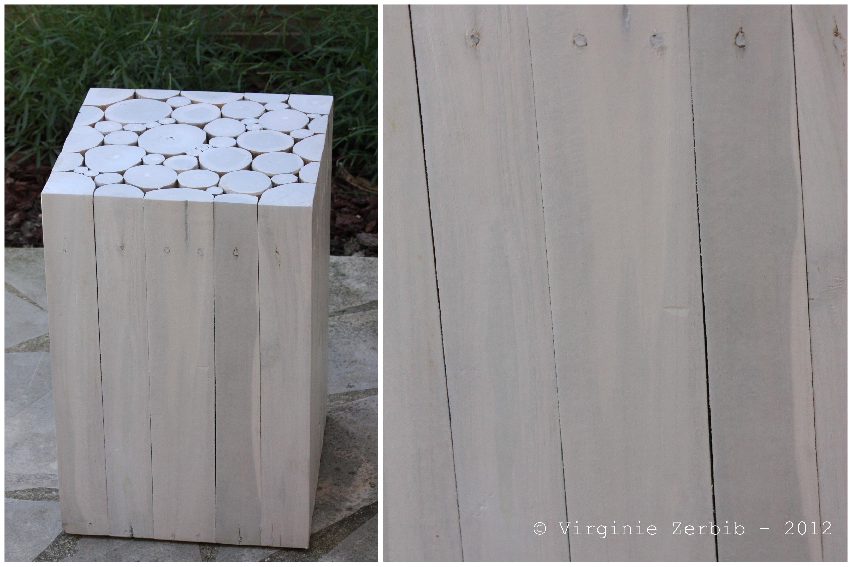 Canape En Bois Blanc : Bout de canap? en bois blanchi