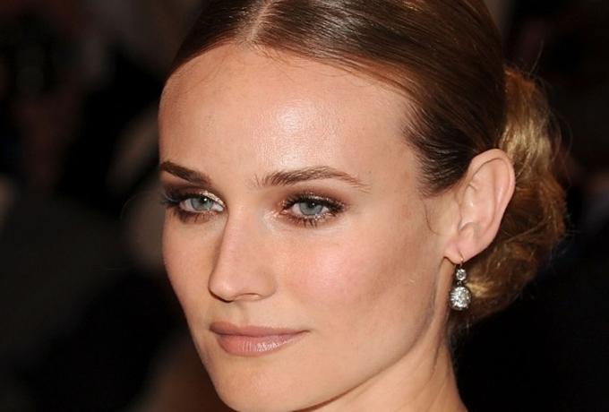 Comment maquiller ses yeux bleus - Make up yeux bleu ...