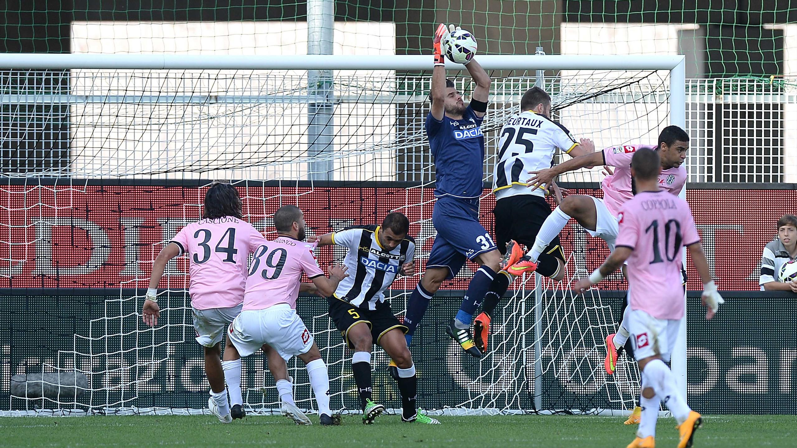 Video: Udinese vs Cesena