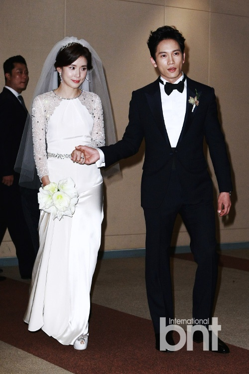 Lee hye young wedding pictures