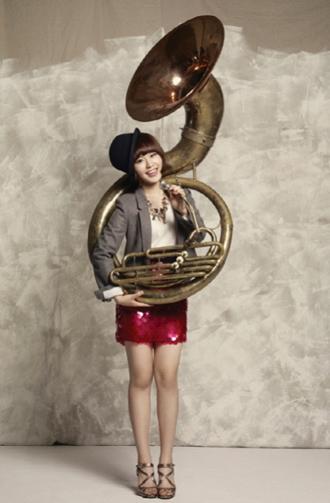 Shin Ji Soo - Images
