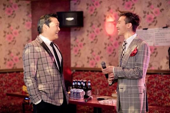 PSY,和G-Dragon「胖子和瘦子」認證照 「多福」