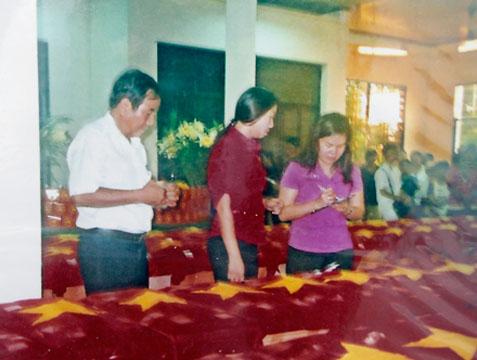 Sáng tỏ cuộc tìm mộ của Bích Hằng ở Phú Quốc S_ng_t__cu_c_t_m_m_-92ace9bf200164a9a30bedabf6395557