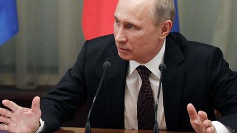 Tổng thống Nga Vladimir Putin hôm qua phát biểu trong cuộc họp nội các cuối cùng của năm 2012. Ảnh: AP