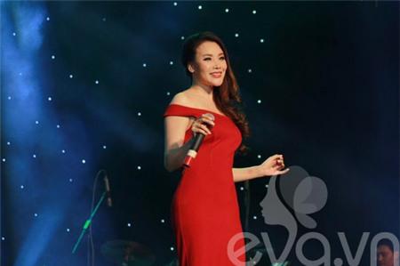Hồ Quỳnh Hương bất ngờ thi tốt nghiệp đại học - 9