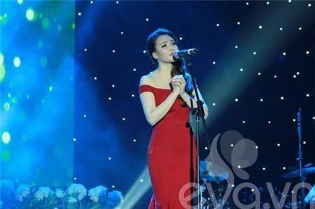 Hồ Quỳnh Hương bất ngờ thi tốt nghiệp đại học - 3