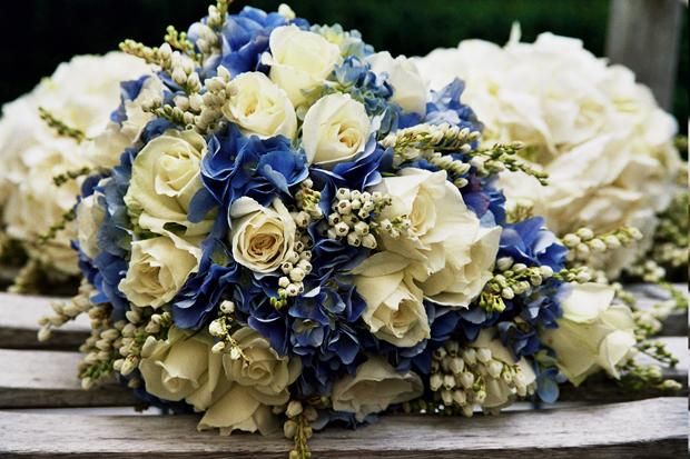 hoa mầu tím,hoa trắng,hoa lá,lá xanh,cuoi tap the,hoa cuoi bo tron,hoa dep,dien hoa,dien hoa,dien hoa uy tin,dien hoa ha noi,gui dien hoa,hoa bó tròn,hoa bó dài,hoa 20-10, hoa 20-11, hoa 8-3,hoa van phong, hoa khai trương, hoa sự kiện, hoa tặng bạn, hoa tặng mẹ, hoa tang me, hoa tặng thầy cô, hoa tang thay co, hoa tang ban gai, hoa tặng bạn gái, hoa cam on, hoa tặng thầy cô, hoa tang thay co, hoa dep, hoa sang trong, hoa dep gia re, dien hoa uy tin, điện hoa uy tín, điện hoa trong nước, dien hoa trong nuoc, điện hoa Hà Nội, dien hoa ha noi, dien hoa quoc te, sendflower to Vietnam, dien hoa chuyen nghiep, hoa dep van phong, hoa su kien dep, dien hoa dam bao chat luong, điện hoa đảm bảo chất lượng, hoa tuoi van phong, hoa tươi văn phòng, hoa ngay le dep, hoa ngày lễ, hoa để bàn, hoa de ban, hoa lo, hoa lọ, hoa giỏ, dien hoa uy tin, dien hoa trong nuoc, sendflower.vn, hoa lan, hoa tuoi van phong, dat hoa dinh ky, hoa vip, hoa sang trong, hoa ngay nha giao Viet Nam, hoa ngay quoc te phu nu, hoa ngay phu nu Viet Nam, hoa ngay cua me,hoa mùng 8 tháng 3,hoa cưới tận nhà,hoa sendflower,hoa cẩm tú cầu,hoa cưới tú cầu,ý nghĩa hoa tú cầu,bó hoa cưới đẹp,phong cách mới,tay hóa
